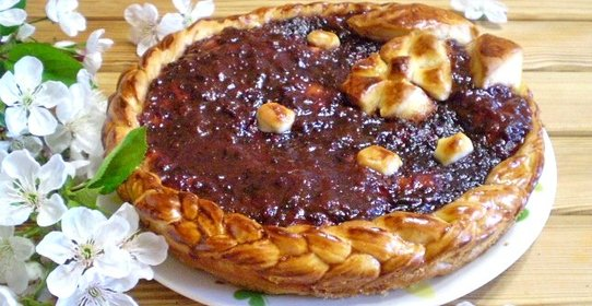 Открытый пирог с вареньем из дрожжевого теста рецепт пошагово