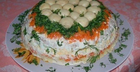 Салат полянка лесная полянка с опятами рецепт с с ветчиной