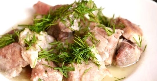 Свинина тушеная луком рецепт фото